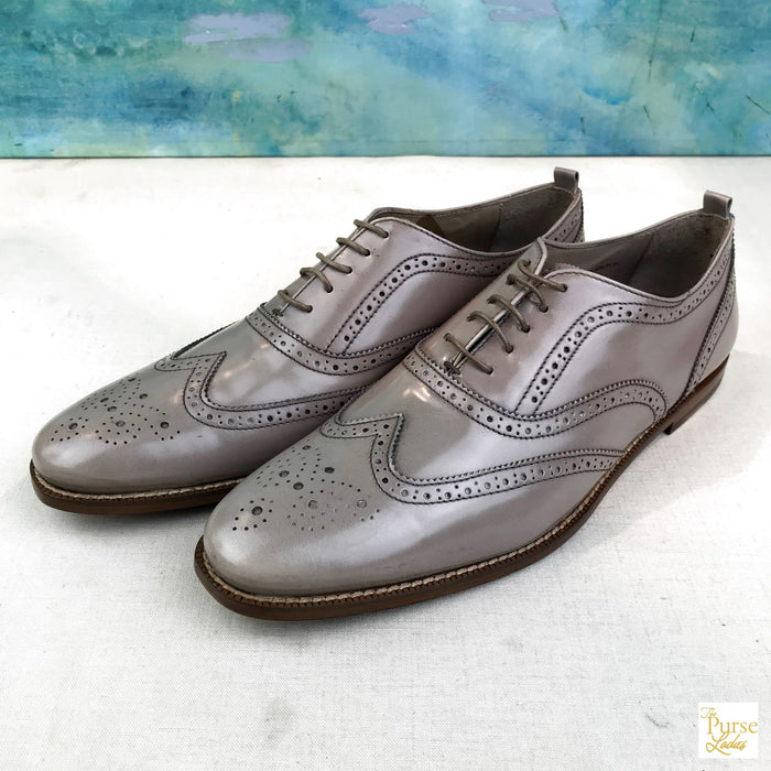 $450 BURBERRY Taupe Brown Wingtips Warwick Broque Shoes Sz. 40.5 Womens Lace U