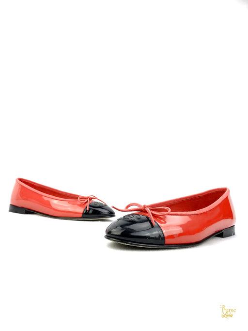 CHANEL Red and Black Patent Leather Ballet Flats Sz 38