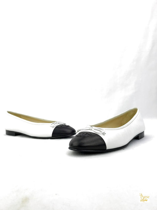 CHANEL Black and White Ballet Flats Sz.38