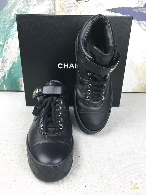 CHANEL Black Leather Sneakers Sz 41.5 Women's Shoes