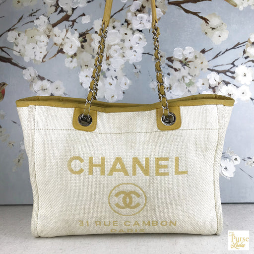 CHANEL Natural Woven Straw Deauville Tote