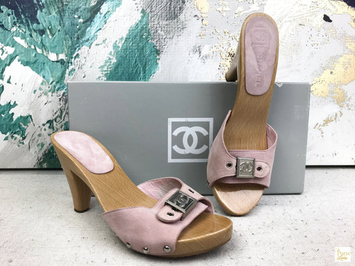 CHANEL Pink Suede Wood Sandals Sz 37 Heels