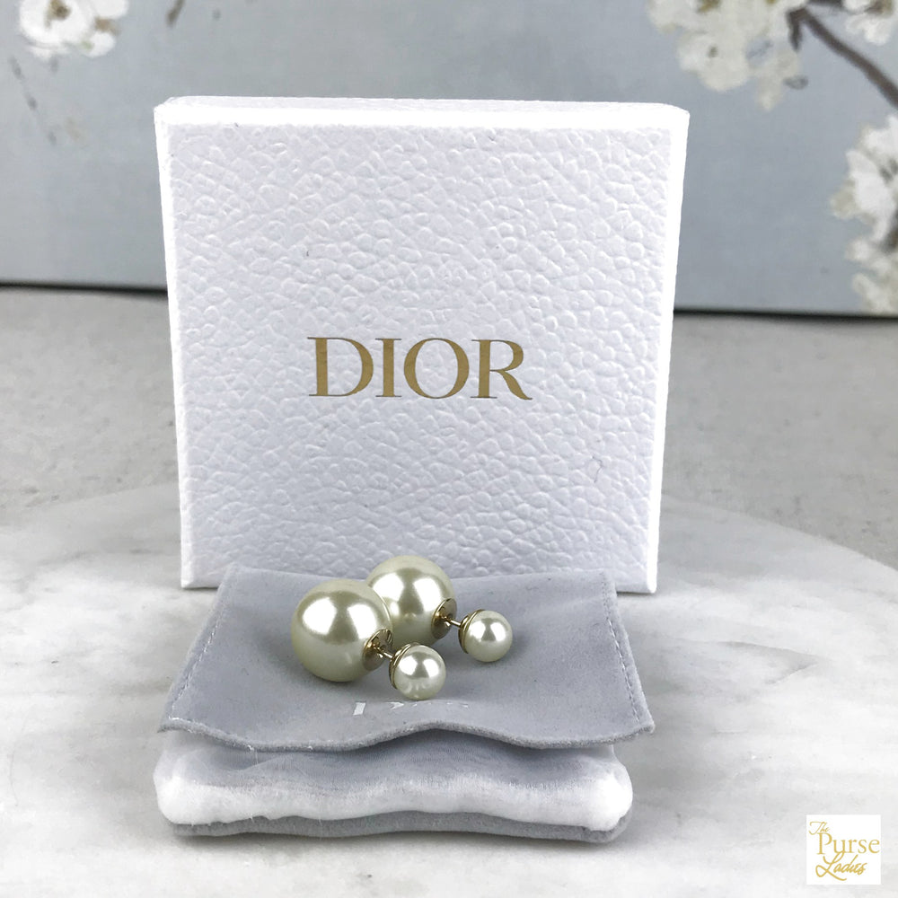 CHRISTIAN DIOR Tribales Resin Bead Pearl Earrings
