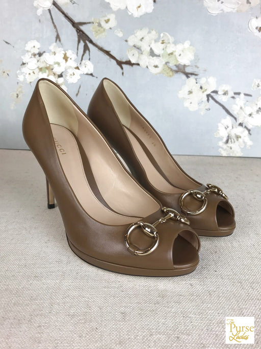 GUCCI Charlotte Brown Pumps Sz 38 Heels