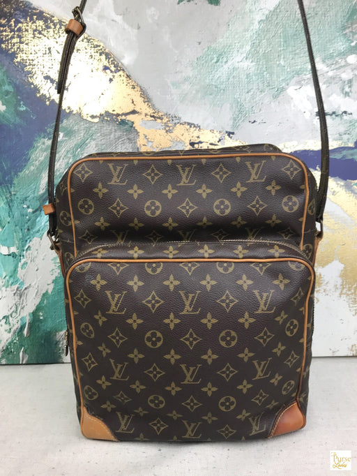 LOUIS VUITTON Brown Monogram Amazone GM Messenger Bag