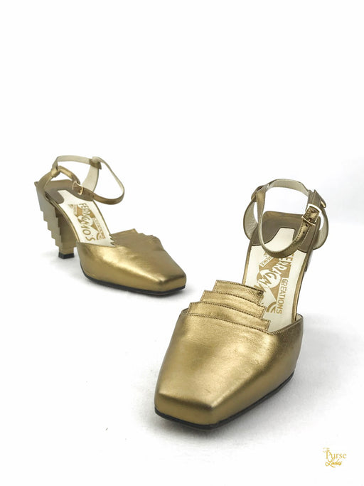SALVATORE FERRAGAMO Gold Tebe Pyramid Sandals SZ 37