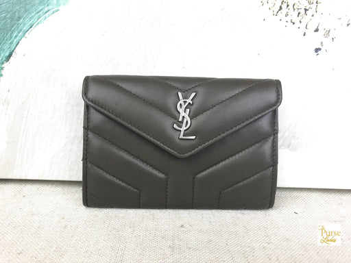 YVES SAINT LAURENT Green Matelasse Leather Loulou Envelope Wallet