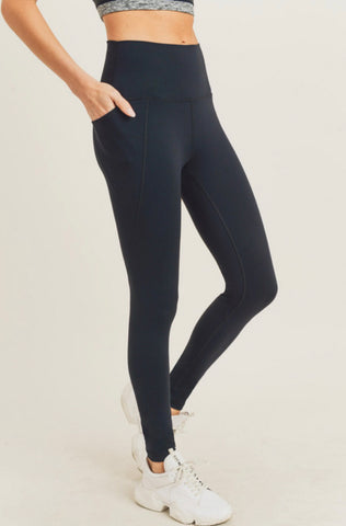Tapered Band Essential Legging