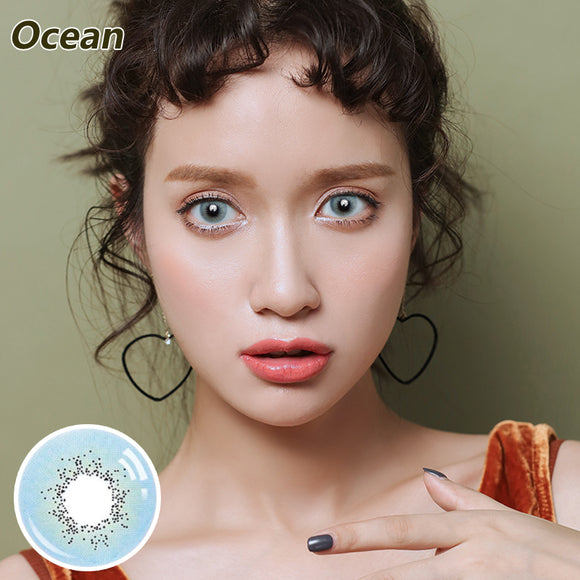 Natural magnification of Ocean colored contact lenses