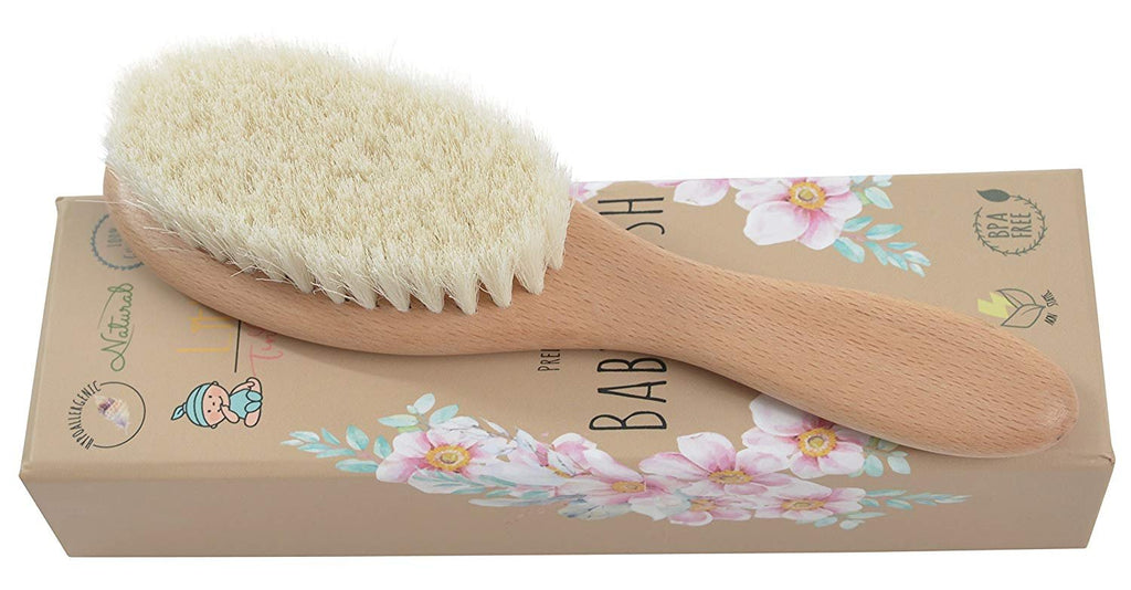 ALT = Single baby brush on brown box packaging placed horizontally