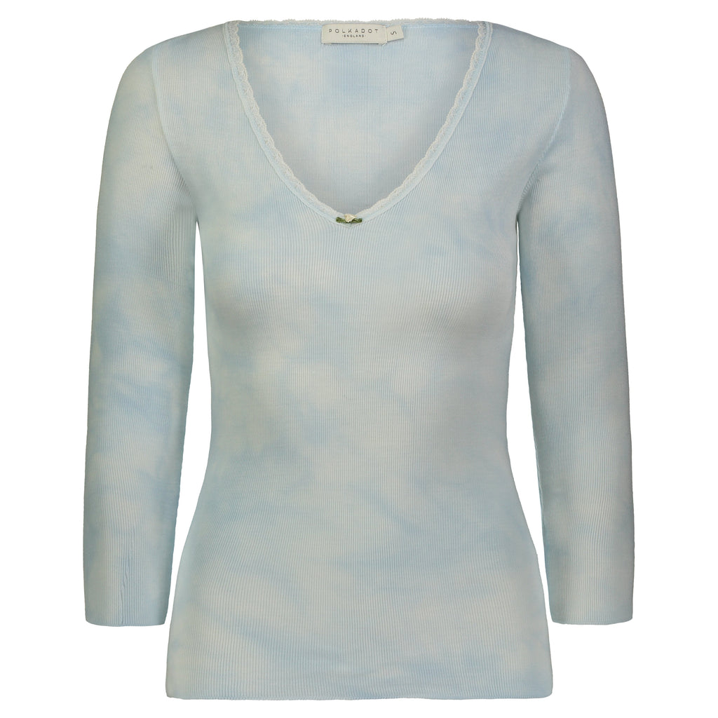 V NECK 3/4 SLV LT BLUE TIE DYE w Lace
