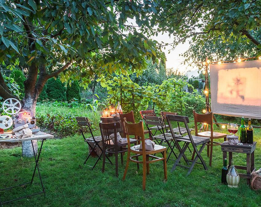 Movie Viewing Party | Outdoor Party Ideas