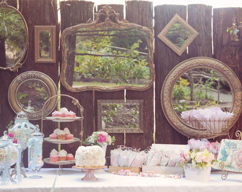 Vintage Themed Party | Outdoor Party Ideas
