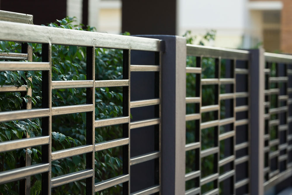 How to Install Artificial Hedges on a Metal/Colorbond Fence