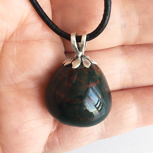 Bloodstone and sterling silver pendant