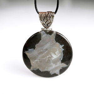 "Large ""thunder egg"" and sterling silver pendant"