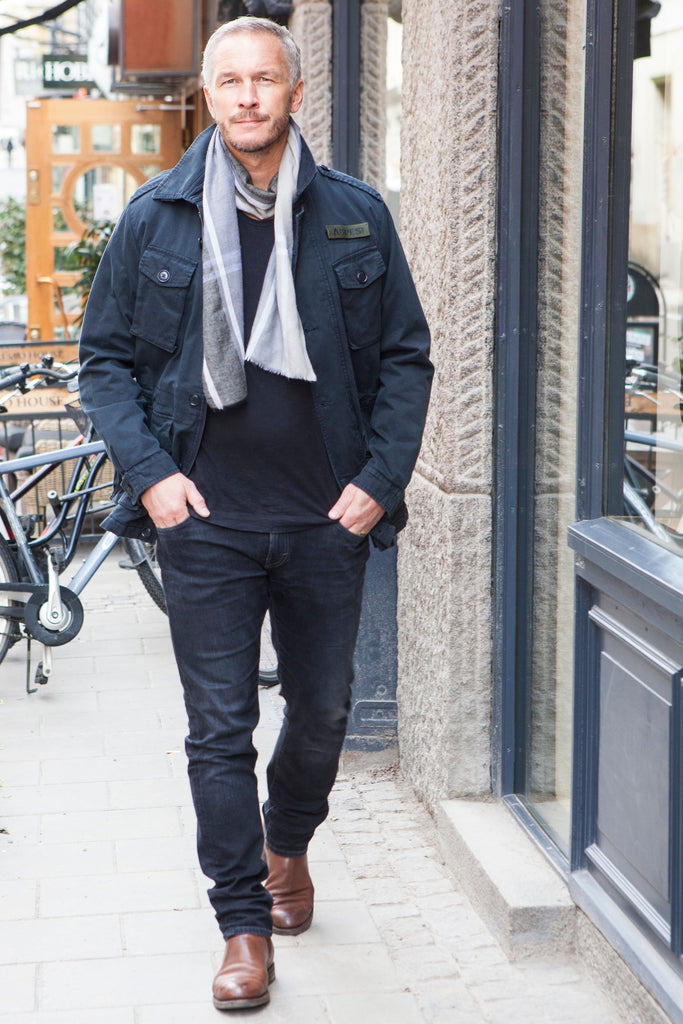 streetstyle scarf
