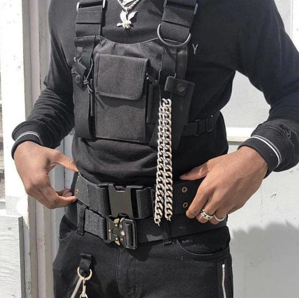 How to Wear a Chest Rig with Men's Streetwear Style