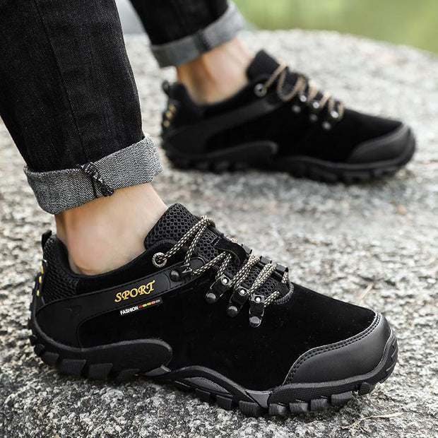 Men's Outdoor Non-slip Hiking Mountain Travel Shoes