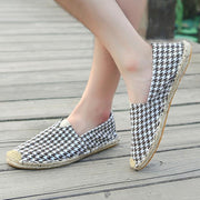 Women'Leisure Thousand-Bird Square Comfortable Flat-soled Shoes 131535
