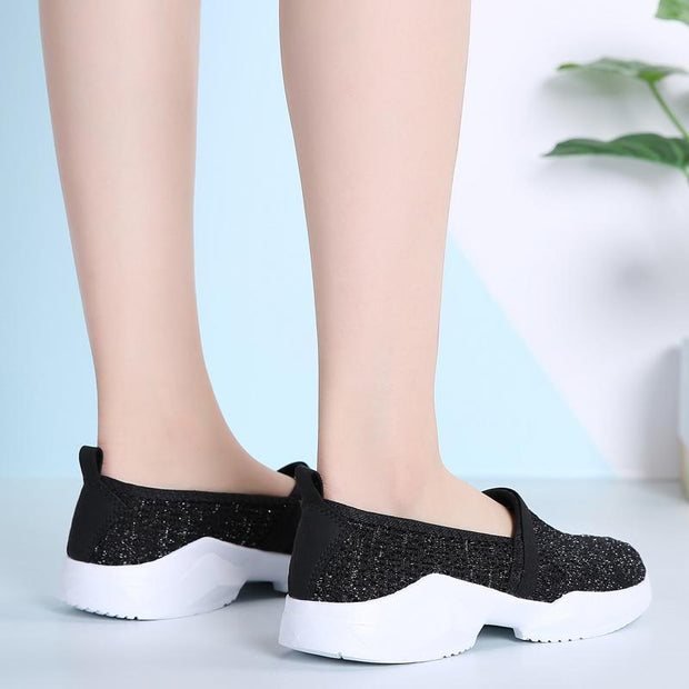 Women's Shoes New Soft Bottom Ultra-light Flying Woven Large Size Shoes 35-42 132710