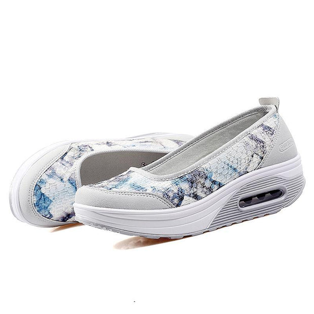 Ms. Flying Weaving Camouflage Breathable Increased Air Cushion Summer Casual Mesh Shoes 134127