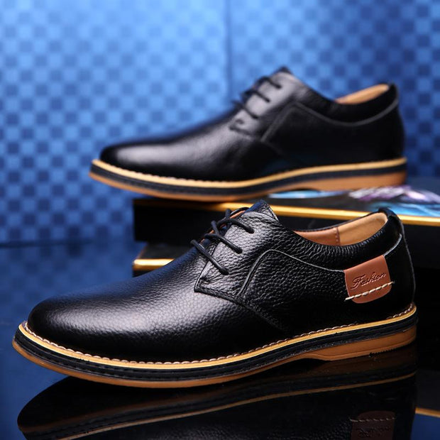 Men Carved Cow Leather Slip Resistant Business Casual Formal Shoes