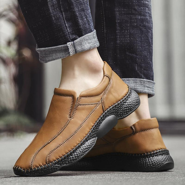 Men's casual shoes fashion men's shoes big yards light pure hand-made leather shoes men's shoes