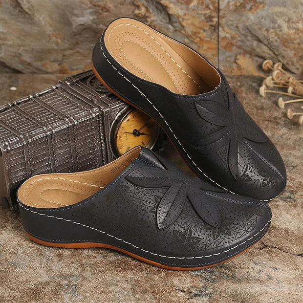 Women's Leaf Splicing Clogs Closed Toe Casual Wedges Sandals Mules