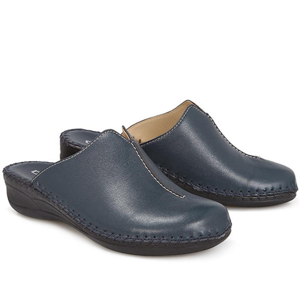 Women's Slip-On Leather Mule Clog