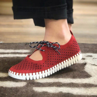 Women's Compfy Sneakers Perforated Slip-On Shoes with Laces