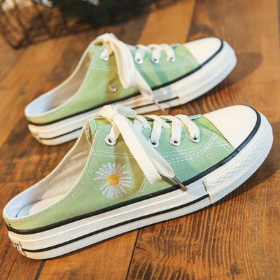 Women's Flat Heel Lace Up Holiday Daisy Canvas Shoes