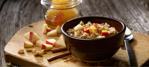 Hot cereal with apples and honey