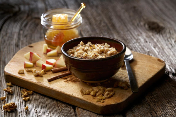 oatmeal with apples and honey