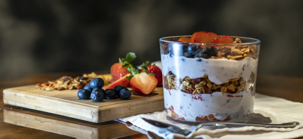 set up of fruit and toppings to show you how to make overnight oatmeal