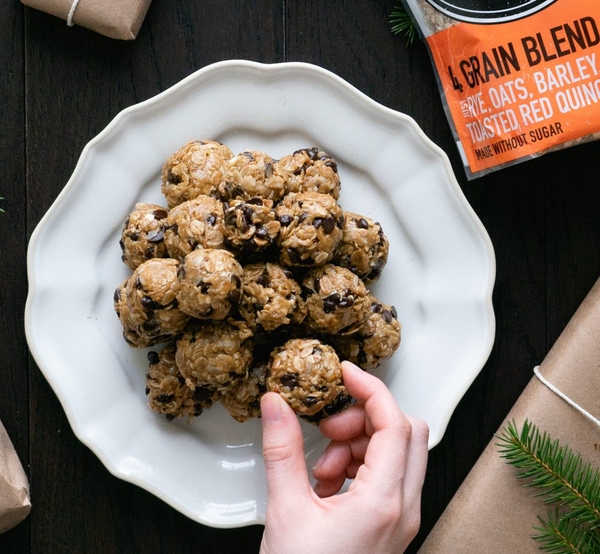 Classic no-bake-oatmeal balls with chocolate chips