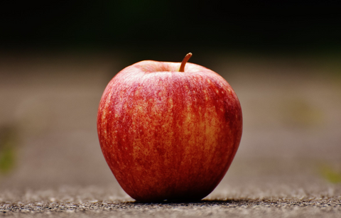 An apple are great snacks for pregnant women