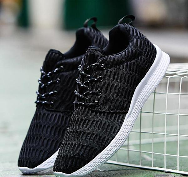 Light air mesh breathable large size casual shoes