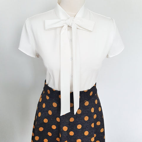 1950s vintage style pussy bow button down shirt blouse in cream