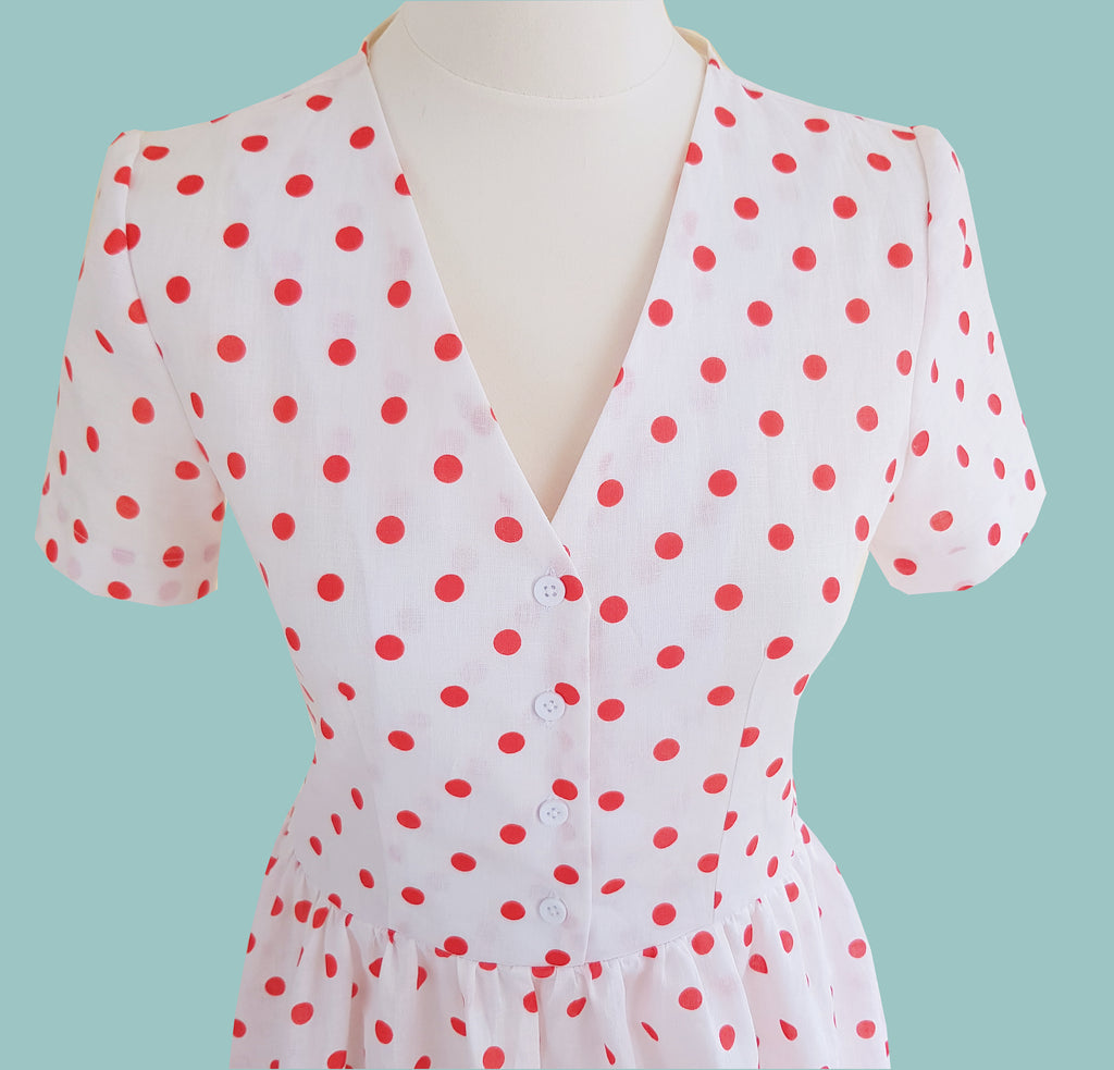 vintage style 1940s tea dress polka dot linen shirt dress summer spring retro yesterday's girl clothing cream white polka dot dress