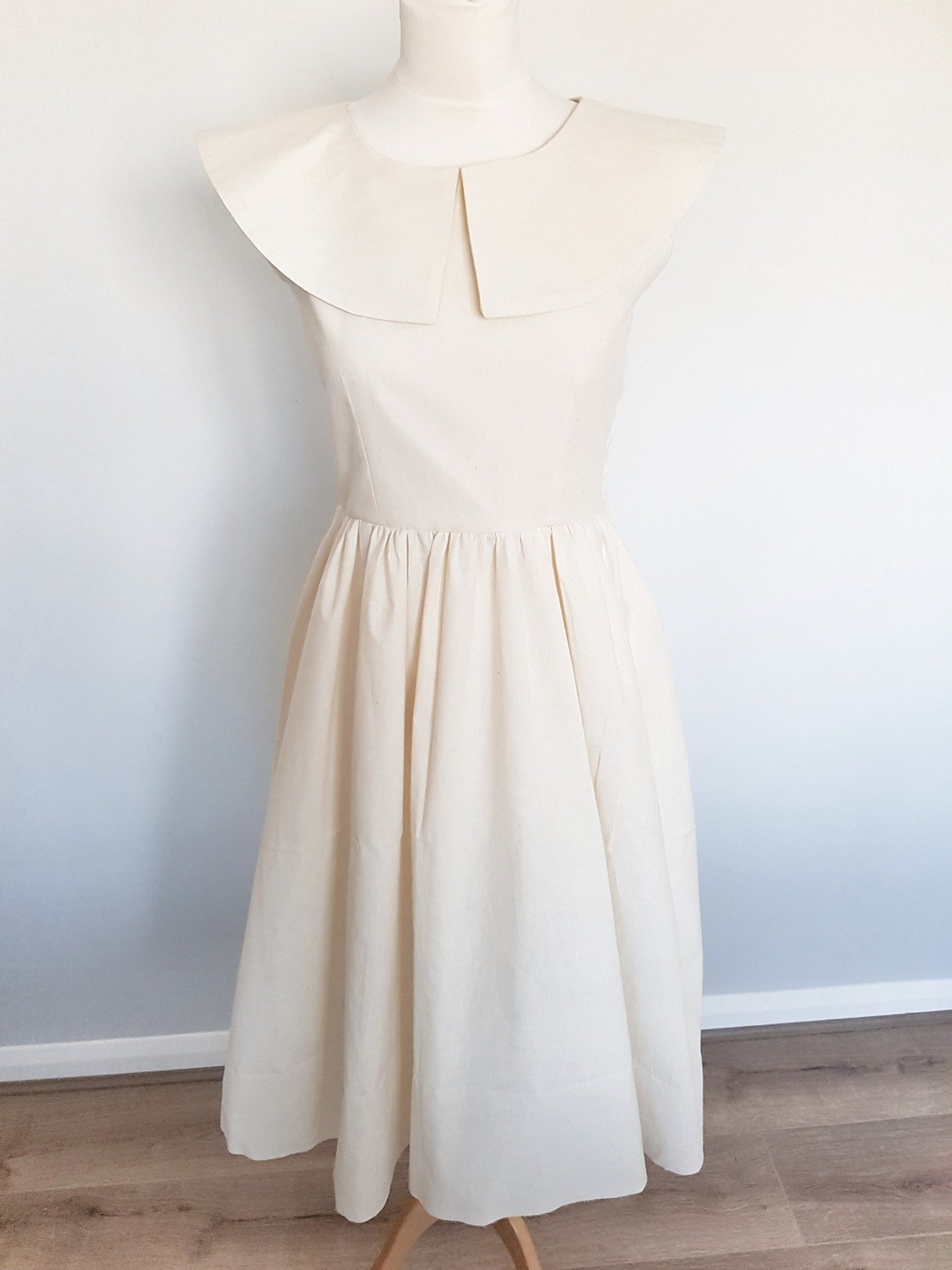 1950s vintage style summer midi dress toile slow fashion brand how its made uk yesterday's girl