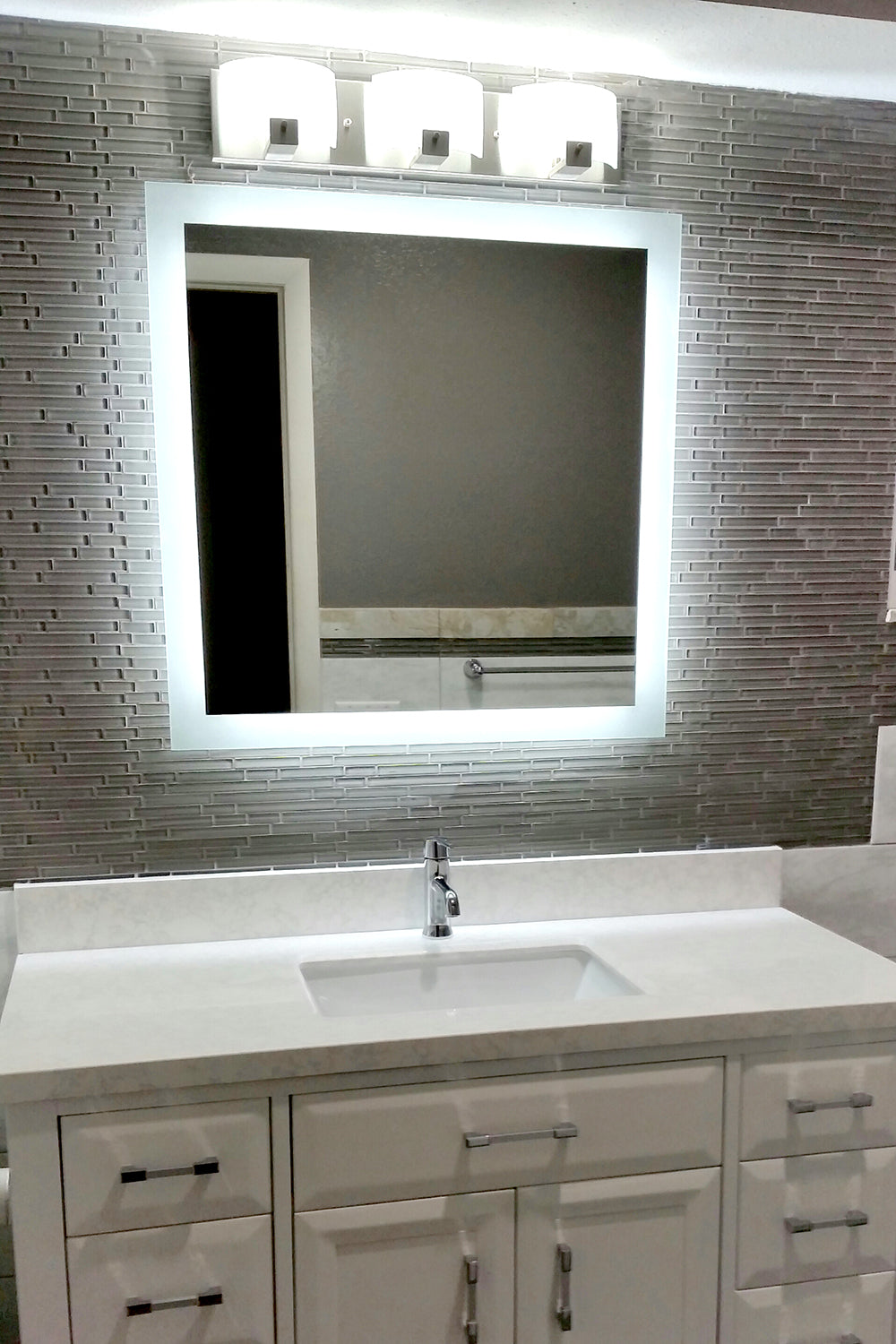 Side Lighted Led Bathroom Vanity Mirror 30 X 30 Square Mirrors And Marble