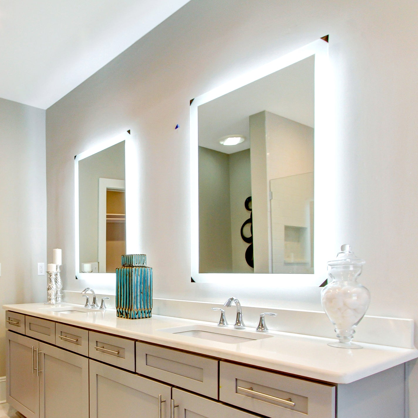"Side-Lighted LED Bathroom Vanity Mirror: 36"" x 36 ..."