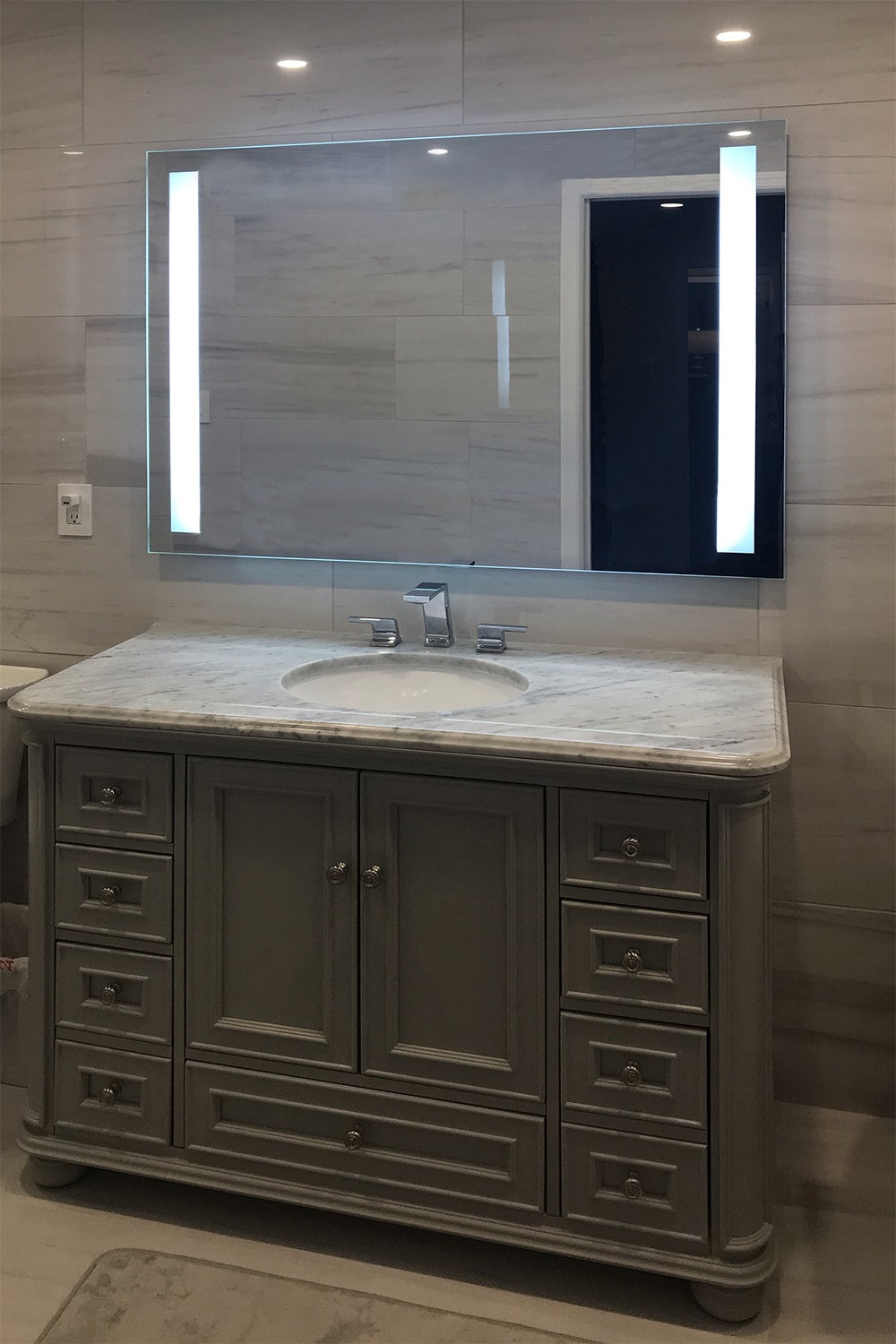 Front Lighted Vertical Led Bar Bathroom Mirror 48 Quot X36