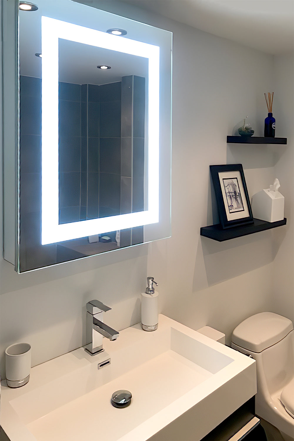 Surface Mounted Led Medicine Cabinet 24 X 32 Left Hinge 6000k Mirrors Marble