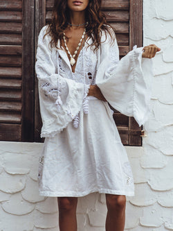 Flared Sleeves V-neck White Dresses