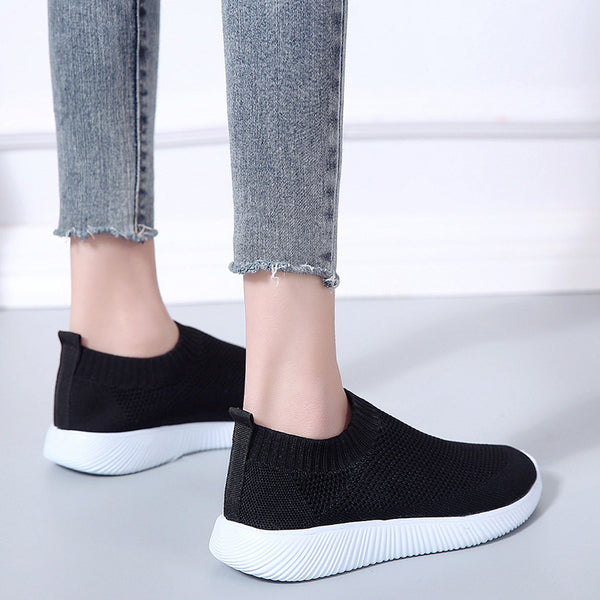 Plus Size Slip On Sneakers Flyknit Fabric Sneakers