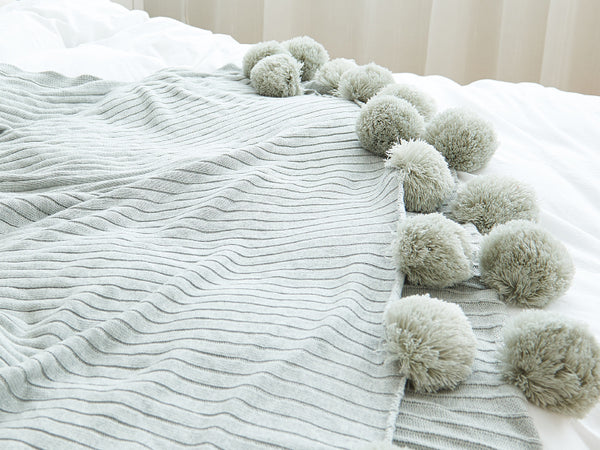 Air-conditioned blanket decorative blanket
