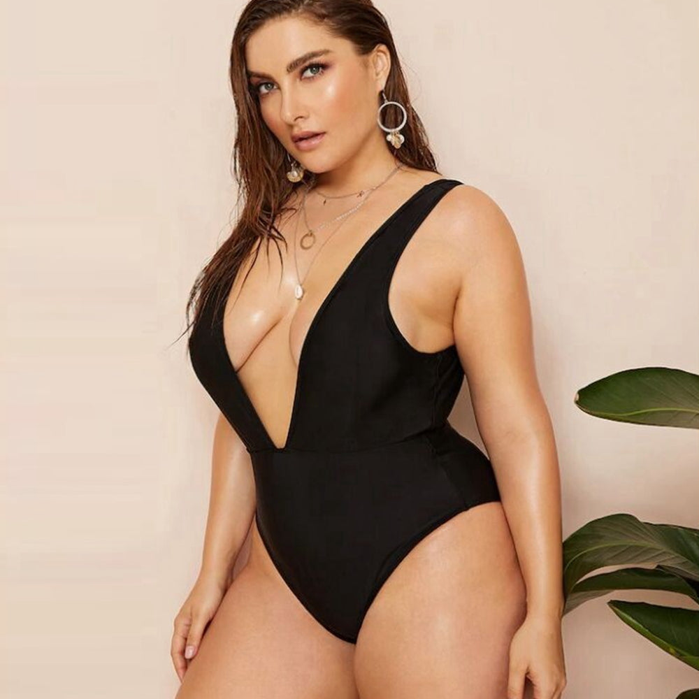 Hot Plus Size Swimsuit Trends