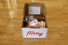 Load image into Gallery viewer, Make your own lipbalm - Flirtsy lipbalm kit
